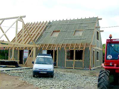 Isolation de toiture : Béton de chanvre